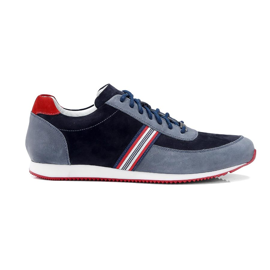 Leather Tennis Shoe with Laces