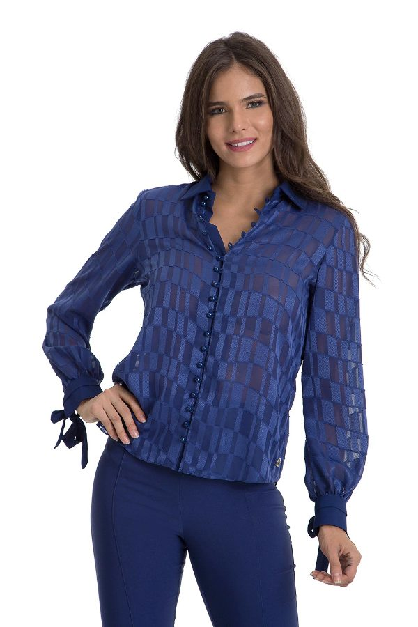 Shirt with Bows on Sleeves