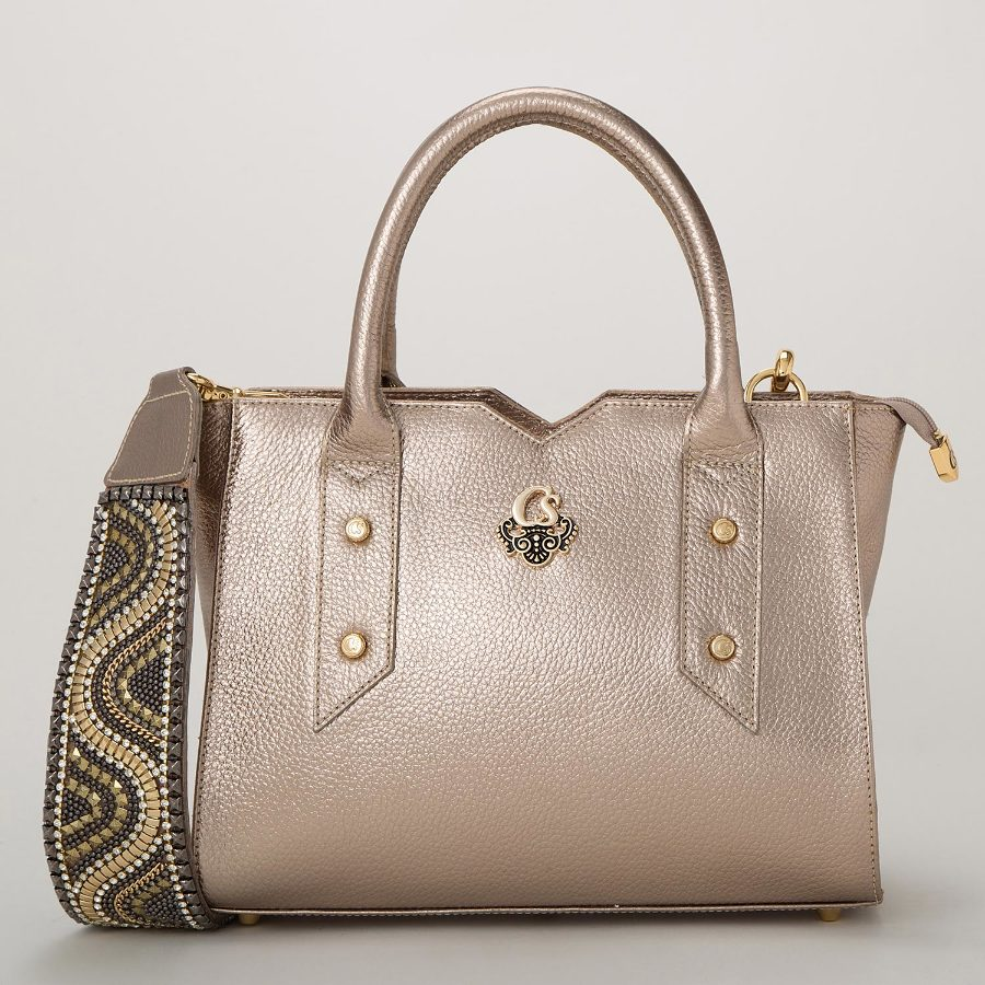 HANDBAG WITH PERSONALIZED HANDLE