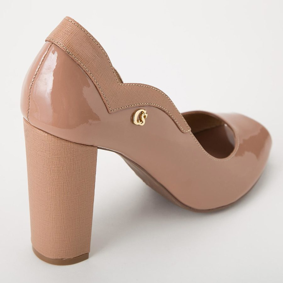 PEEP TOE SHOES WITH CUTOUTS
