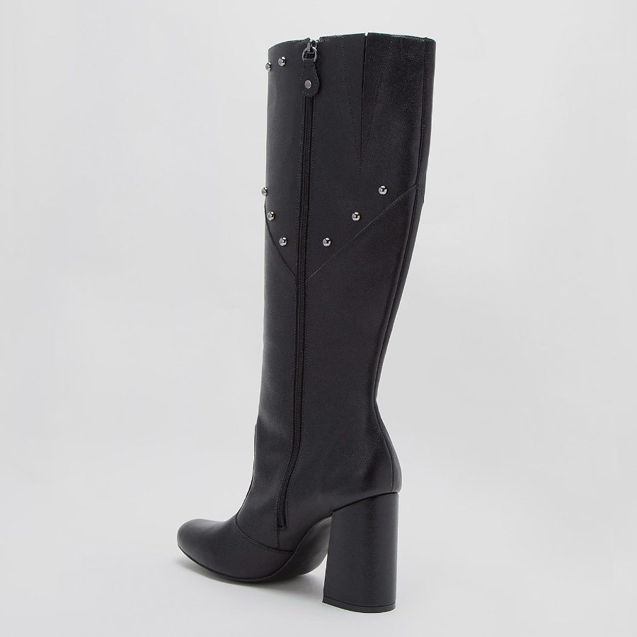 HIGH TOP BOOT WITH METAL APPLIQUE