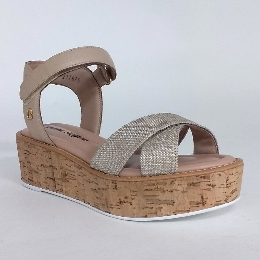 Platform sandal with velcro