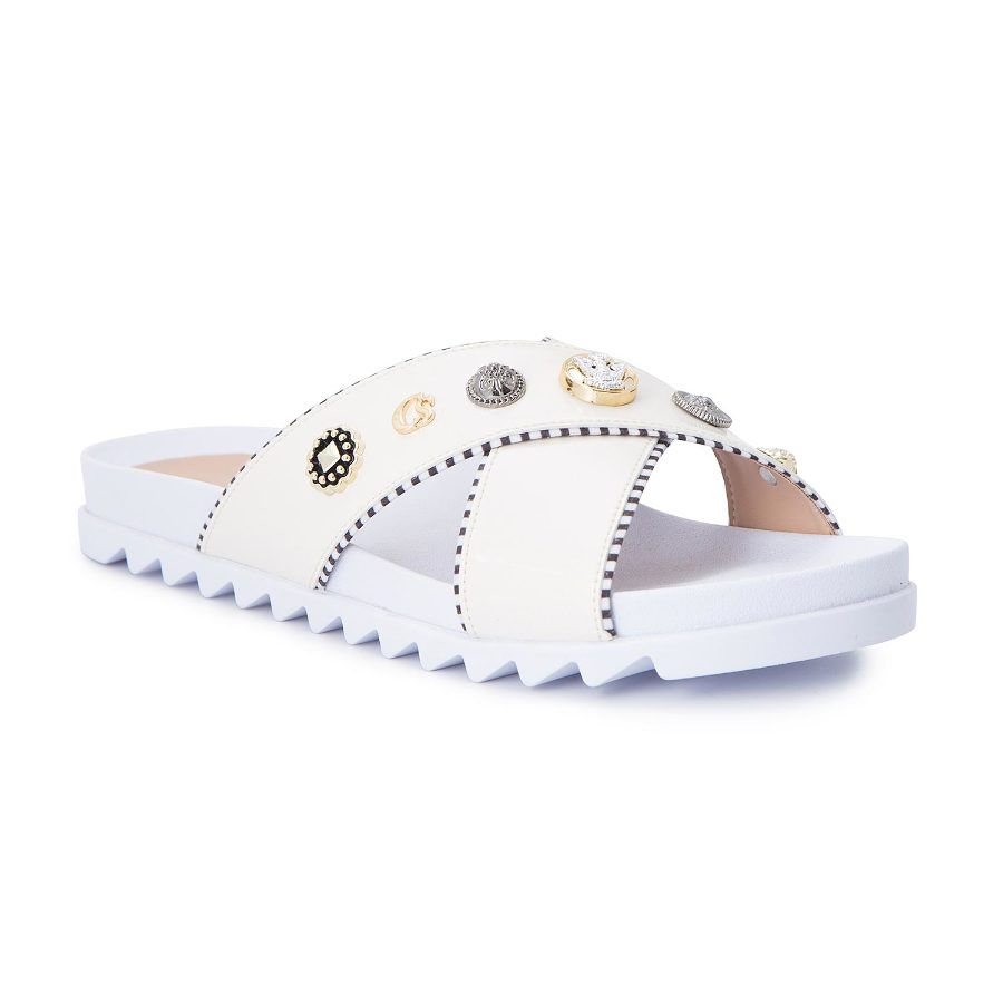 Slide sandal with pearls