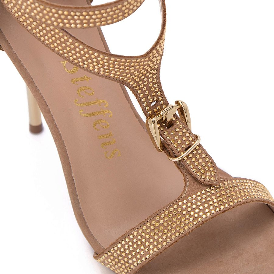 Strappy sandal with metal studs and buckle