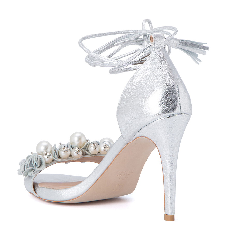 HIGH HEELED SANDALS WITH PEARLS