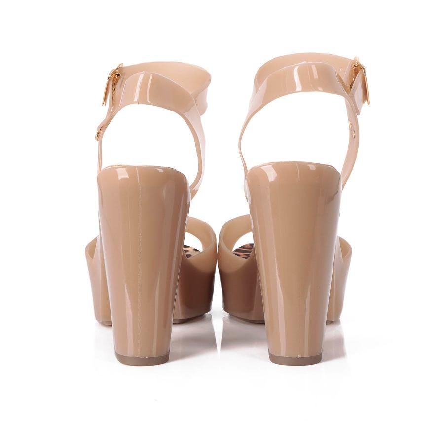 Almond Form Sandal