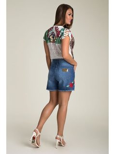 SHORT JEANS CON BORDADO back