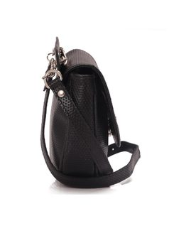 Cross-Shoulder Handbag that Becomes Fanny Back