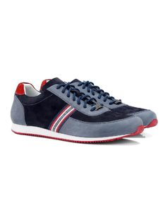 Leather Tennis Shoe with Laces back