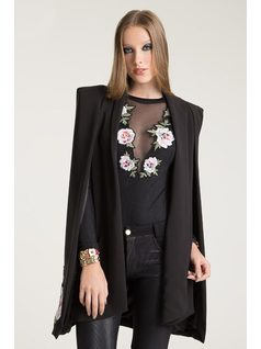 BLAZER CAPUCHA CON PATCHS front