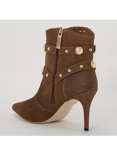 ANKLE BOOT CON METALES back