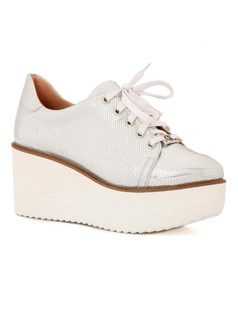 OXFORD STYLE PLATFORM SHOE front