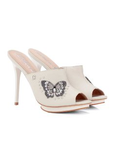 CLOG WITH METALS AND BUTTERFLY back