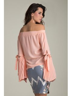 SHOULDER-TO-SHOULDER BLOUSE WITH PLEATED SLEEVES back