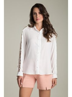 LONG-SLEEVE SHIRT WITH LACE front