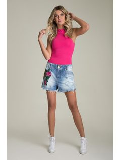 BOYFRIEND SHORTS WITH EMBROIDERY