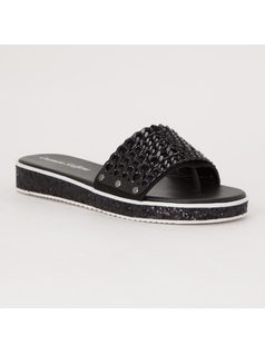 FLAT SANDAL WITH CHAINS