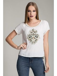 T-SHIRT WITH PEARL AND PATCH front