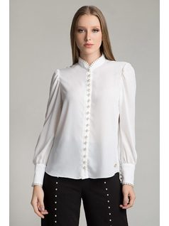 SHIRT WITH PEARL BUTTONS front