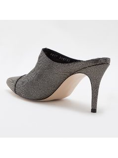 MULE STYLE PUMP WITH PERSONALIZED METAL back