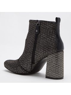 ANKLE BOOT WITH SHINY PRINT back