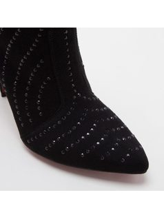 ANKLE BOOT WITH HOT FIX