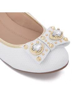 Ballerina flat with bow and metal details back
