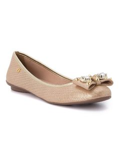 Ballerina flat with bow and metal details front