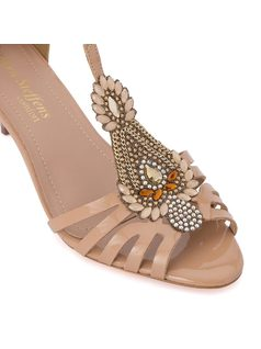 Kitty heel sandal with stonework back