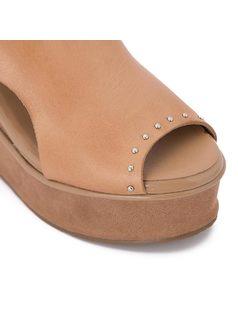 Platform sandal with metal buckle