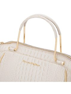Handbag with slim metal handle