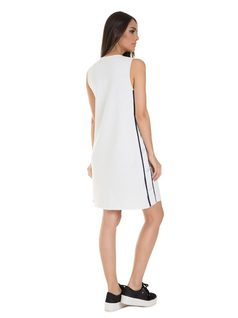 A-shape dress with side buttons back