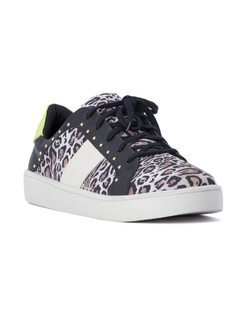 LEOPARD AND STUDS SNEAKER