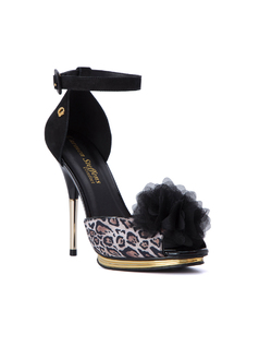 PEEP TOE SANDAL WITH POM POM front