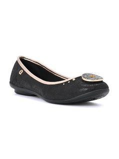 BLACK BALLERINA WITH METAL DETAIL front