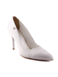 Ivory Satin Pointy Toe Pumps front