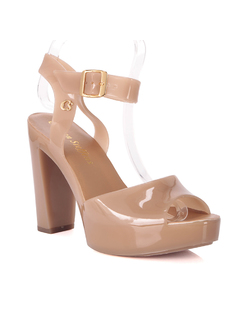 Almond Form Sandal front