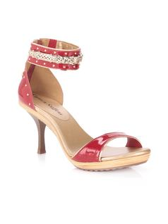SANDAL WITH METALS front