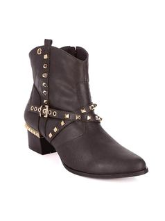ANKLE BOOT WITH METALS